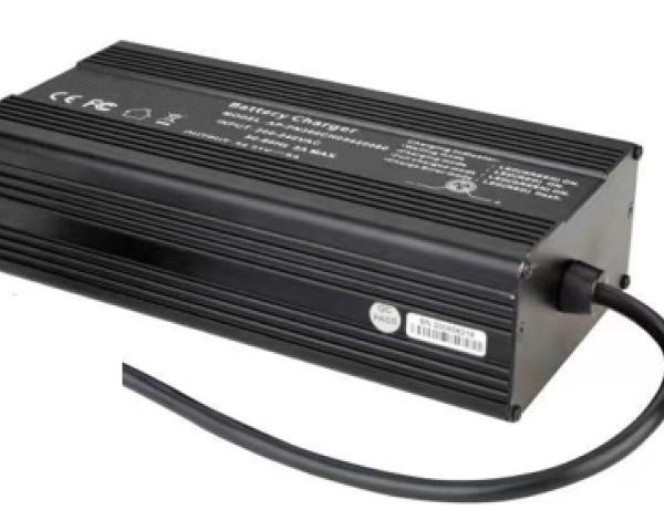 PCCG-LFP14.4V15A charger